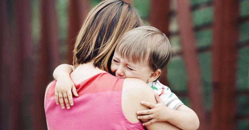 De ce să liniștești întotdeauna un copil care plânge?