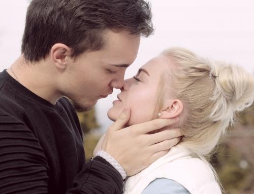 De ce sărutăm?